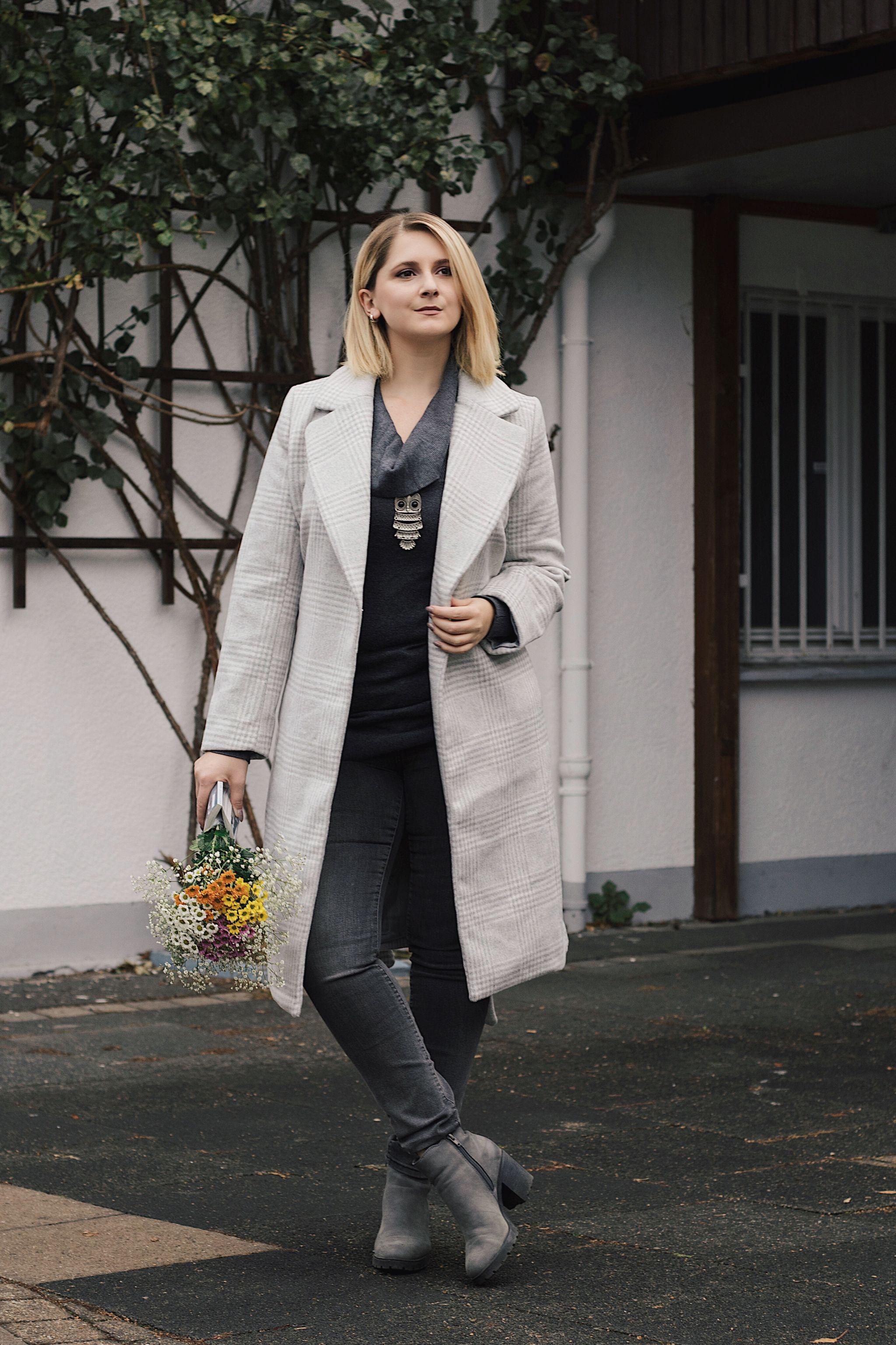 Outfit: Ein grauer Mantel