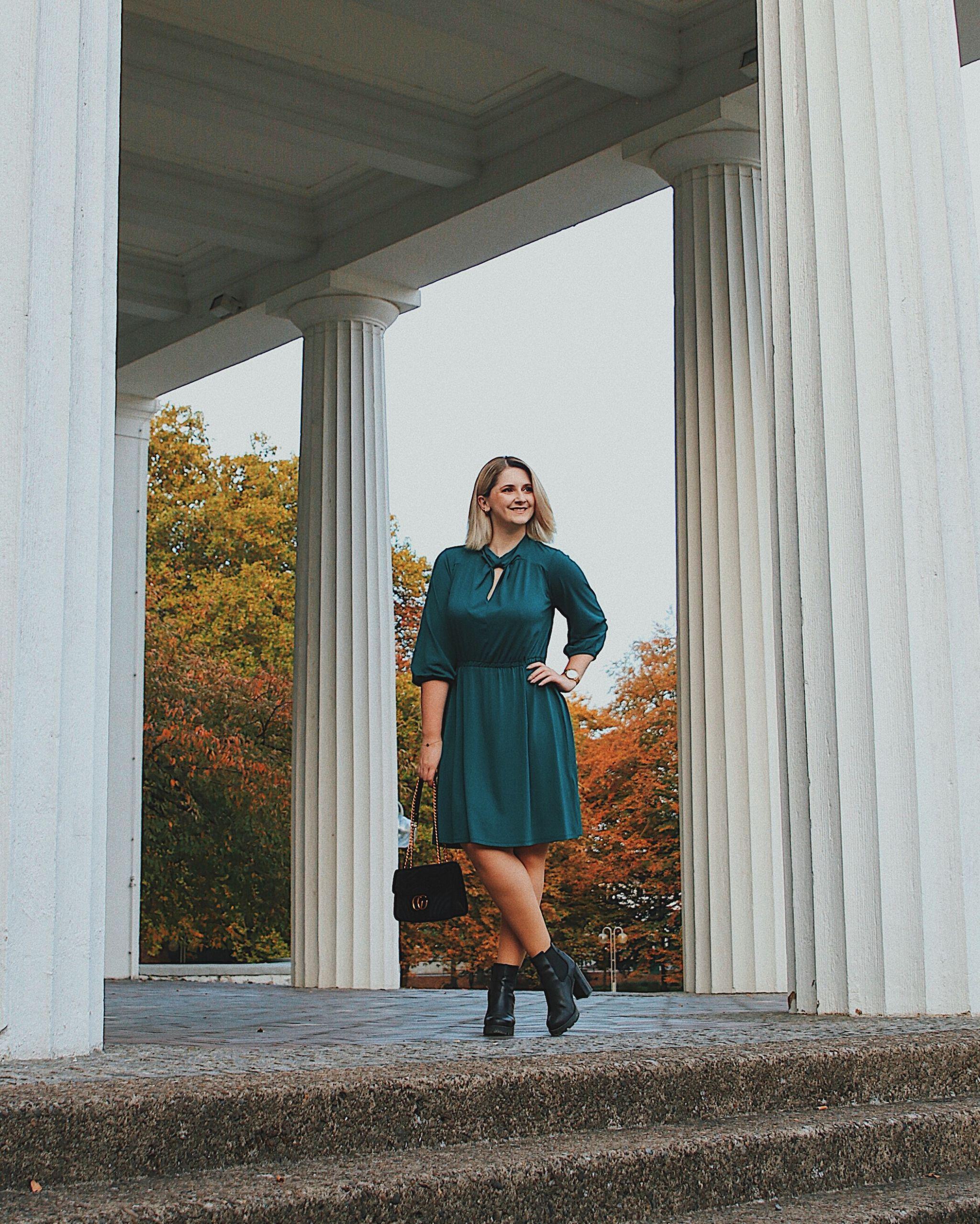 Outfit Kleid Lederjacke